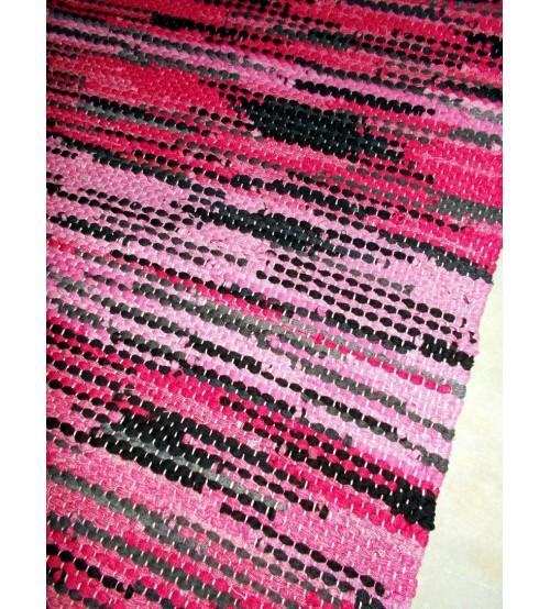Hagyományos rongyszőnyeg rózsaszín, fekete 55 x 80 cm