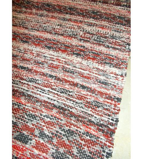 Vászon rongyszőnyeg bordó, fekete 70 x 185 cm