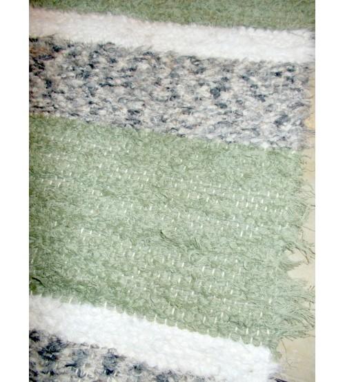 Bolyhos rongyszőnyeg zöld, szürke, fehér 55 x 150 cm