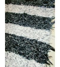 Bolyhos rongyszőnyeg fekete, fehér 65 x 115 cm
