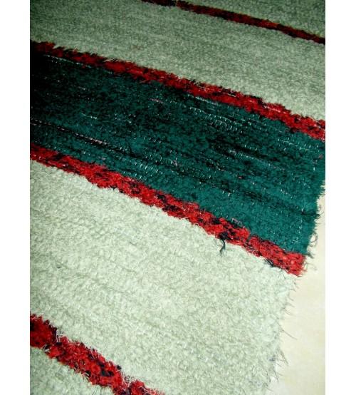 Bolyhos rongyszőnyeg zöld, bordó 70 x 150 cm